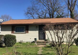 Pre Foreclosure in Chattanooga 37405 SNOW ST - Property ID: 1558428585