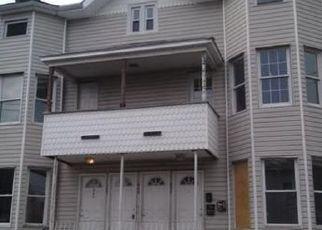 Pre Foreclosure in Bridgeport 06608 OGDEN ST - Property ID: 1558833716