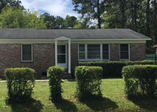 Pre Foreclosure in North Charleston 29418 TANGLEWOOD DR - Property ID: 1559280888