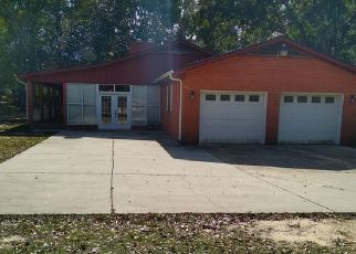 Pre Foreclosure in Cantonment 32533 CHIPPENDALE RD - Property ID: 1559306723