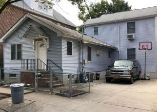 Pre Foreclosure in Bronx 10461 MULFORD AVE - Property ID: 1559679880