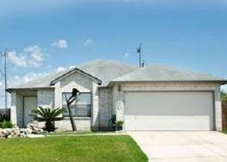 Pre Foreclosure in San Antonio 78233 RAINTREE FRST - Property ID: 1559739437