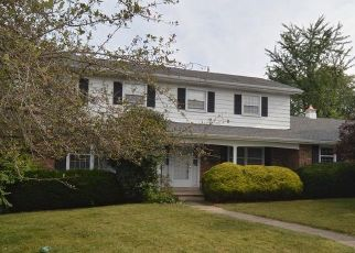 Pre Foreclosure in Reading 19608 PEACHWOOD DR - Property ID: 1559776668