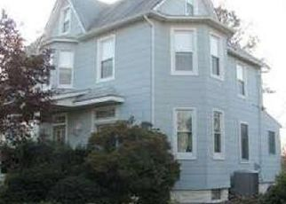 Pre Foreclosure in Baltimore 21206 PARKMONT AVE - Property ID: 1559924703