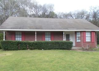 Pre Foreclosure in Montgomery 36109 FOREST PARK DR - Property ID: 1560334199