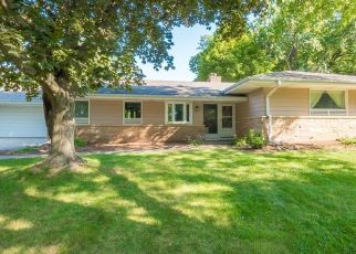 Pre Foreclosure in Menomonee Falls 53051 KENWOOD BLVD - Property ID: 1560515979