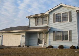 Pre Foreclosure in Loves Park 61111 POCONO DR - Property ID: 1560608375