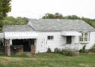 Pre Foreclosure in Irwin 15642 SUNSET AVE - Property ID: 1560622389