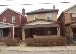 Pre Foreclosure in Pittsburgh 15210 DELLROSE ST - Property ID: 1560773945