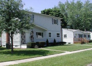 Pre Foreclosure in Westland 48186 PARKWOOD ST - Property ID: 1560938614