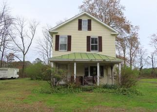 Pre Foreclosure in Reedville 22539 FLEETON RD - Property ID: 1561146651