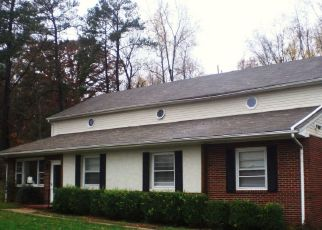 Pre Foreclosure in Mechanicsville 23111 BEATTIES MILL RD - Property ID: 1561175559