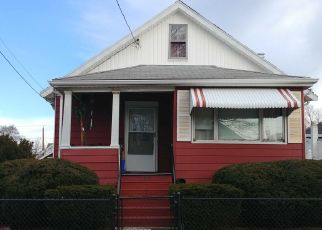 Pre Foreclosure in Malden 02148 BELLVALE ST - Property ID: 1561236431