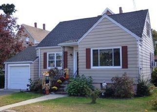 Pre Foreclosure in Lynn 01904 SANBORN TER - Property ID: 1561244309
