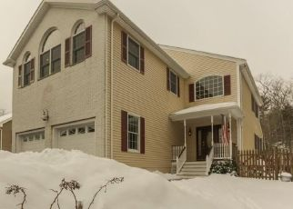 Pre Foreclosure in Gloucester 01930 LAWNDALE CIR - Property ID: 1561332794