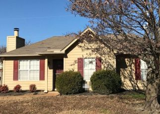 Pre Foreclosure in Cordova 38018 BRADY HILL DR - Property ID: 1561466815