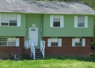 Pre Foreclosure in Oliver Springs 37840 FOXWOOD CIR - Property ID: 1561510607