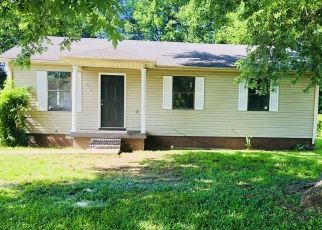 Pre Foreclosure in Columbia 38401 LINDSEY DR - Property ID: 1561533824