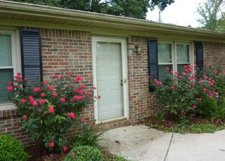 Pre Foreclosure in Fayetteville 37334 BILL ABBEY RD - Property ID: 1561580691