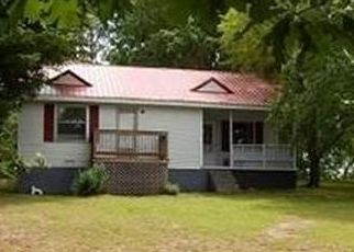 Pre Foreclosure in Westmoreland 37186 PLEASANT GROVE RD - Property ID: 1561581103