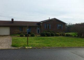 Pre Foreclosure in Talbott 37877 BARBARA DR - Property ID: 1561584176