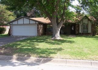 Pre Foreclosure in Fort Worth 76126 BRIAR RUN - Property ID: 1561597767