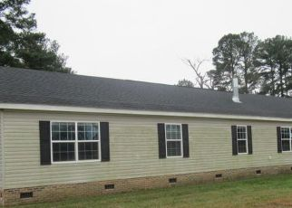 Pre Foreclosure in Warsaw 28398 W WARDS BRIDGE RD - Property ID: 1561779522
