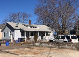 Pre Foreclosure in Central Falls 02863 PHOENIX ST - Property ID: 1562049756