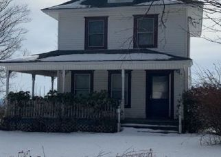 Pre Foreclosure in Pleasant Mount 18453 GREAT BEND TPKE - Property ID: 1562606410