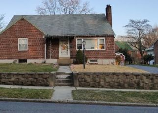 Pre Foreclosure in Harrisburg 17109 RUSTIC DR - Property ID: 1562614745