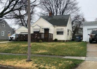 Pre Foreclosure in Toledo 43614 WILDWOOD RD - Property ID: 1562854750