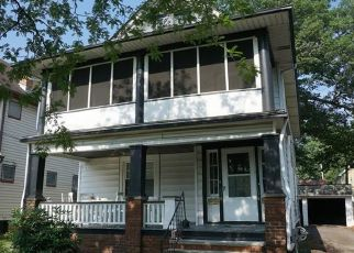 Pre Foreclosure in Lakewood 44107 LARCHMONT AVE - Property ID: 1562887598