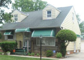 Pre Foreclosure in Beachwood 44122 JO ANN DR - Property ID: 1563036509