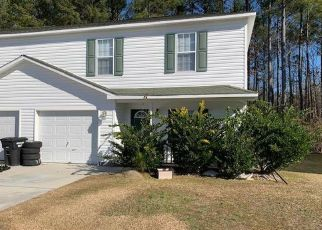 Pre Foreclosure in Jacksonville 28546 WINNERS CIR S - Property ID: 1563225269