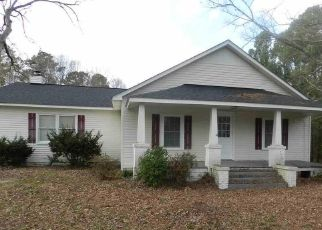 Pre Foreclosure in Louisburg 27549 PEACH ORCHARD RD - Property ID: 1563235791