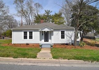 Pre Foreclosure in Kannapolis 28083 LANE ST - Property ID: 1563292278