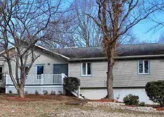 Pre Foreclosure in Winston Salem 27106 SALLIES LN - Property ID: 1563356670