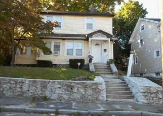 Pre Foreclosure in Waterbury 06704 LONE OAK AVE - Property ID: 1563690849