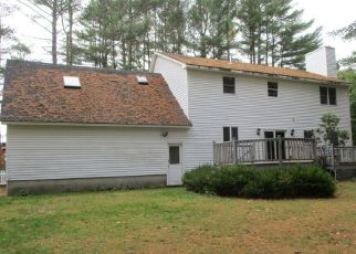 Pre Foreclosure in Bangor 04401 RIDGEVIEW LN - Property ID: 1563704864