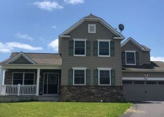 Pre Foreclosure in Long Pond 18334 BULL RUN - Property ID: 1563854195