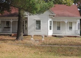 Pre Foreclosure in Fayette 65248 S CLEVELAND ST - Property ID: 1563922528