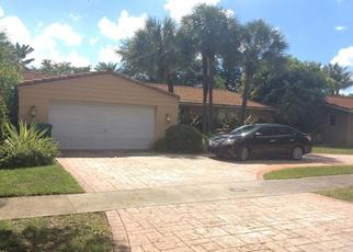 Pre Foreclosure in Hialeah 33014 DURNFORD DR - Property ID: 1564191439
