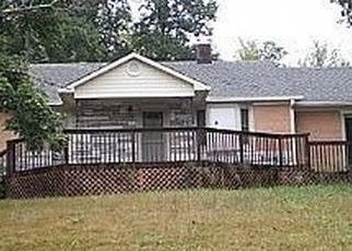 Pre Foreclosure in Old Fort 28762 BAT CAVE RD - Property ID: 1564279928