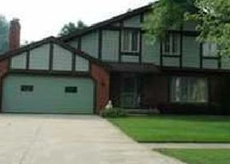 Pre Foreclosure in Maumee 43537 WINGHAVEN RD - Property ID: 1564378456
