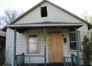 Pre Foreclosure in East Chicago 46312 MCCOOK AVE - Property ID: 1564578165