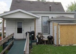 Pre Foreclosure in Shelbyville 46176 S NOBLE ST - Property ID: 1564733212