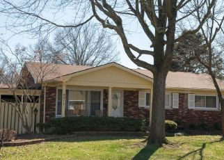 Pre Foreclosure in Louisville 40216 CLARENE DR - Property ID: 1564753358