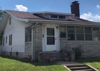 Pre Foreclosure in Vincennes 47591 E LOCUST ST - Property ID: 1564832191