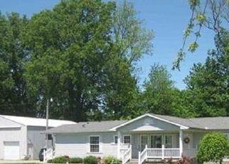 Pre Foreclosure in Sullivan 47882 E STATE ROAD 54 - Property ID: 1564835258