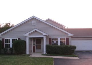 Pre Foreclosure in Oswego 60543 WATERBURY CIR - Property ID: 1564857608